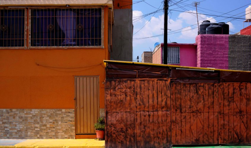 Ecatepec house and shed crop WP